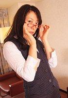 熟女の開き 第一章 鈴木さゆり 三十二歳 b207awtnb00081のパッケージ画像